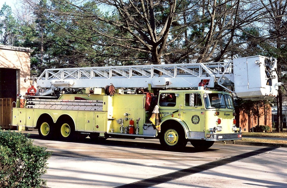 Ladder15 yellow